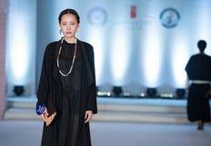 ofIntellectual skönhet-mode för Trettio-tredje serie show Arkivfoton