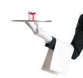 Ofrecimiento de un regalo fotografía de archivo libre de regalías