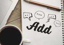 Ogólnospołeczni środki doodle na notepad obok kawy i laptopu Zdjęcia Stock