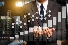 Ogólnospołeczni środki i marketing wirtualne ikony Cyfrowego marketingowi środki w wirtualnym ekranie royalty ilustracja