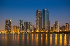 Ogólny widok nowożytni budynki w Sharjah Obrazy Stock