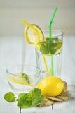 Ogórkowy miękki napój z cytryną Zdjęcie Stock