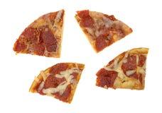 Ogłoszeń towarzyskich pepperoni pizzy wielkościowi plasterki na białym tle Obrazy Stock