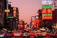 Og Chinatown, Bangkok, Thaïlande de lampes au néon Photo stock