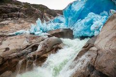 Og Fjordane Норвегия Скандинавия Sogn национального парка Jostedalsbreen стороны ледника Nigardsbreen терминальное стоковые изображения rf