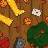 Oggetti di autunno sui precedenti di legno Immagini Stock