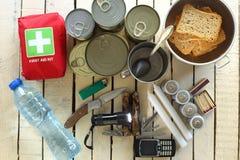 Oggetti per l'emergenza fotografia stock