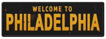 Oggetto d'antiquariato d'annata di lerciume di benvenuto del segnale stradale di Filadelfia immagini stock libere da diritti