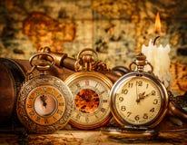 Oggetto d'antiquariato d'annata dell'annata dell'orologio da tasca Fotografia Stock
