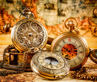 Oggetto d'antiquariato d'annata dell'annata dell'orologio da tasca Fotografie Stock