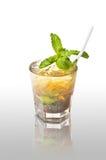Oggetto della priorità bassa di divertimento del partito dell'alcool del cocktail della bevanda Fotografia Stock