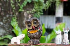Oggetto di legno di Owl Fotografia Stock
