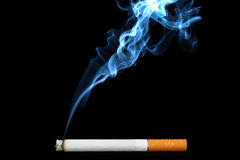 Oggetto sul nero - sigaretta Fotografia Stock Libera da Diritti