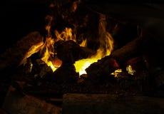 Ogień płonie chodzenie zdjęcia royalty free