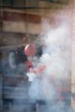 Ogień powodować petardami przy Chińskimi tradycjami i Customs zdjęcia stock
