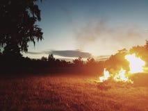 Ogień w plecy fotografia stock
