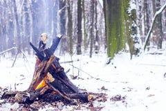 Ogień w zima lesie Obraz Stock