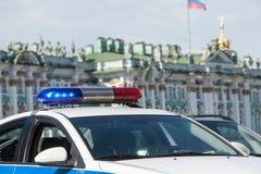 Ogienie samochód policyjny na miasto ulicie Obrazy Stock