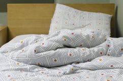 Ogjord säng Fotografering för Bildbyråer