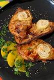 Ognisty piec na grillu kurczak. zdjęcie stock