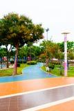 Ogród i droga w parku Zdjęcia Royalty Free