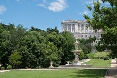 Ogródy wokoło Royal Palace Madryt, Hiszpania Zdjęcie Royalty Free