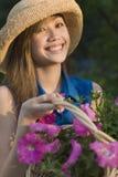 ogrodnik, uśmiecha się kobiety Obrazy Stock