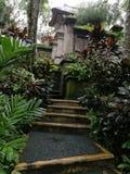 Ogrodowa ścieżka, balijczyka domu mieszanka obrazy stock