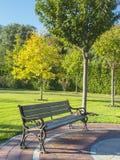Ogrodowa ławka Zdjęcia Stock