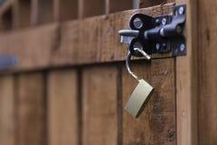 Ogrodowa brama z ryglem Zdjęcie Royalty Free