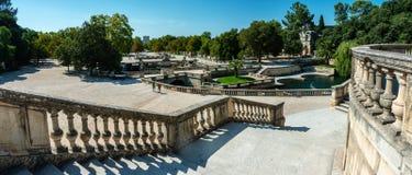 Ogrodowy jardin De Los angeles Fontaine w Nimes zdjęcia stock