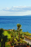 Ogrodowy przegapiający morze śródziemnomorskie Zdjęcia Royalty Free