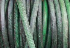 Ogrodowy wąż elastyczny na rolce Obrazy Royalty Free