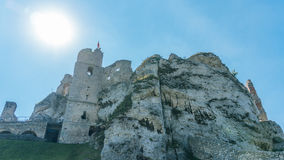 Ogrodzieniec老城堡废墟  库存图片