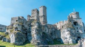 Ogrodzieniec老城堡废墟  库存照片
