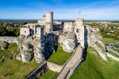 Ogrodzieniec,波兰 城堡中世纪废墟 免版税图库摄影