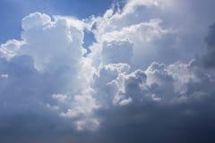 Ogromna chmura tworzy w górę dużej burzy Obraz Stock