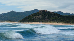 Ogromne fala na morzu w Nha Trang, Wietnam Zdjęcia Stock