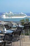 Ogromny luksusowy statek wycieczkowy Zdjęcia Royalty Free