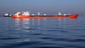 Ogromny tankowiec na wysokich morzach Fotografia Stock