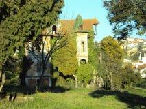 Ogromny zaniechany dom Zdjęcie Royalty Free