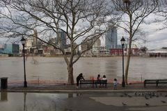 Ohio River above flood stage in Cincinnati and Covington, Kentucky Royalty Free Stock Images