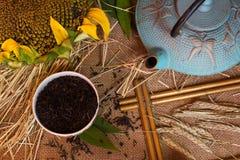 Ohren des Weizens, Tee, Schale Stockbild