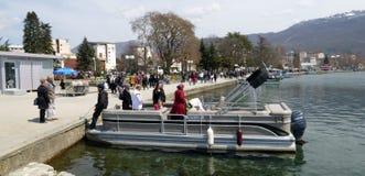 Ohrid, Mazedonien, auf Ostern Touristisches Boot Stockfoto