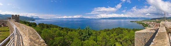 Ohrid See in Mazedonien vom alten Schloss Stockfotos