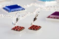 Ohrringe mit Diamanten Stockbild