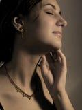 Ohrringe und Halskette Lizenzfreies Stockfoto