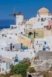 Oia村庄视图,圣托里尼海岛,希腊 免版税图库摄影