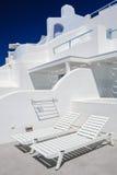 Oia豪华甲板和露台 图库摄影