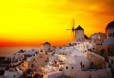 Oia风车日落的,圣托里尼 图库摄影